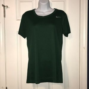 🍀Women's Nike Dri-Fit Tee Shirt🍀